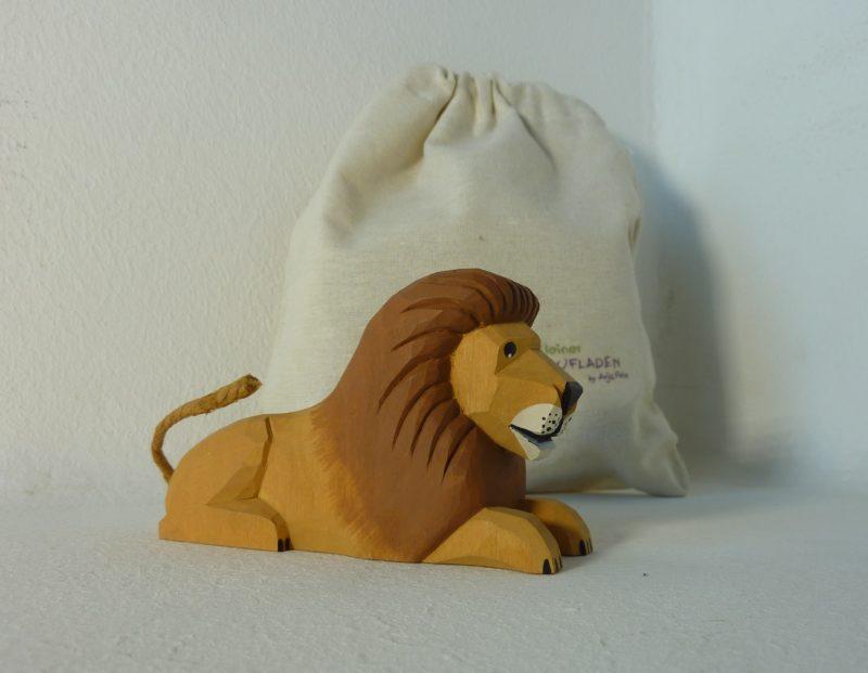 Löwe liegend