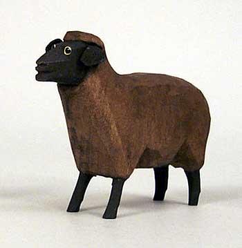 Schaf braun stehend