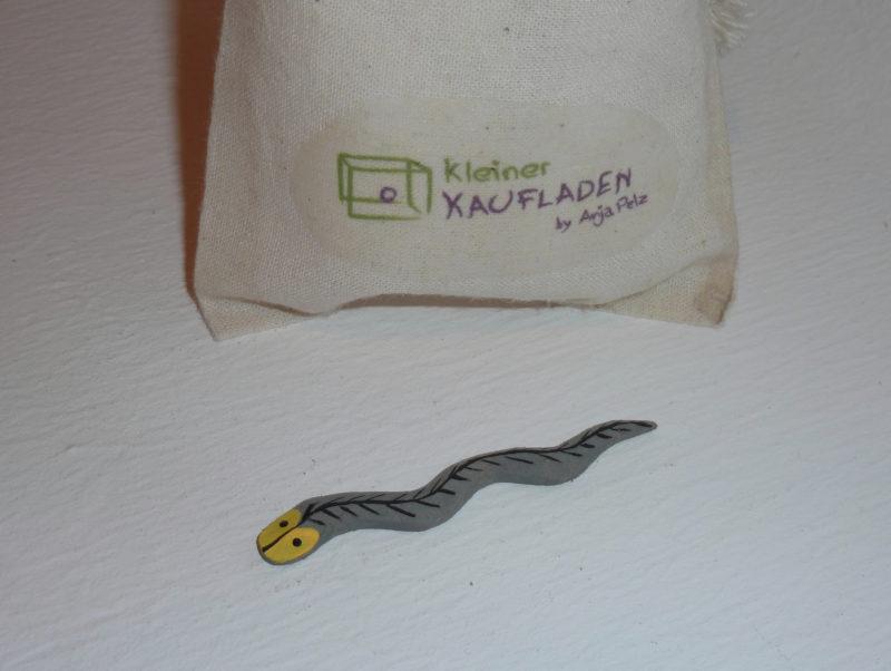 Schlange von Lotte Sievers-Hahn